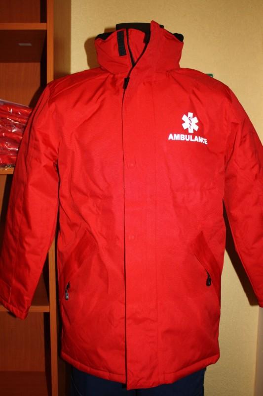 JuNo-BaLa Munkaruházat - Piros kabát AMBULANCE felirattal e2ed3fae5c